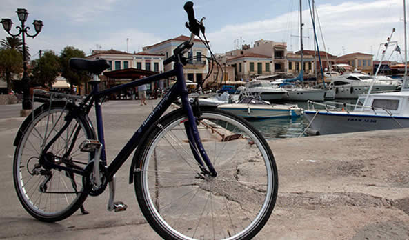 Cycling in Aegina